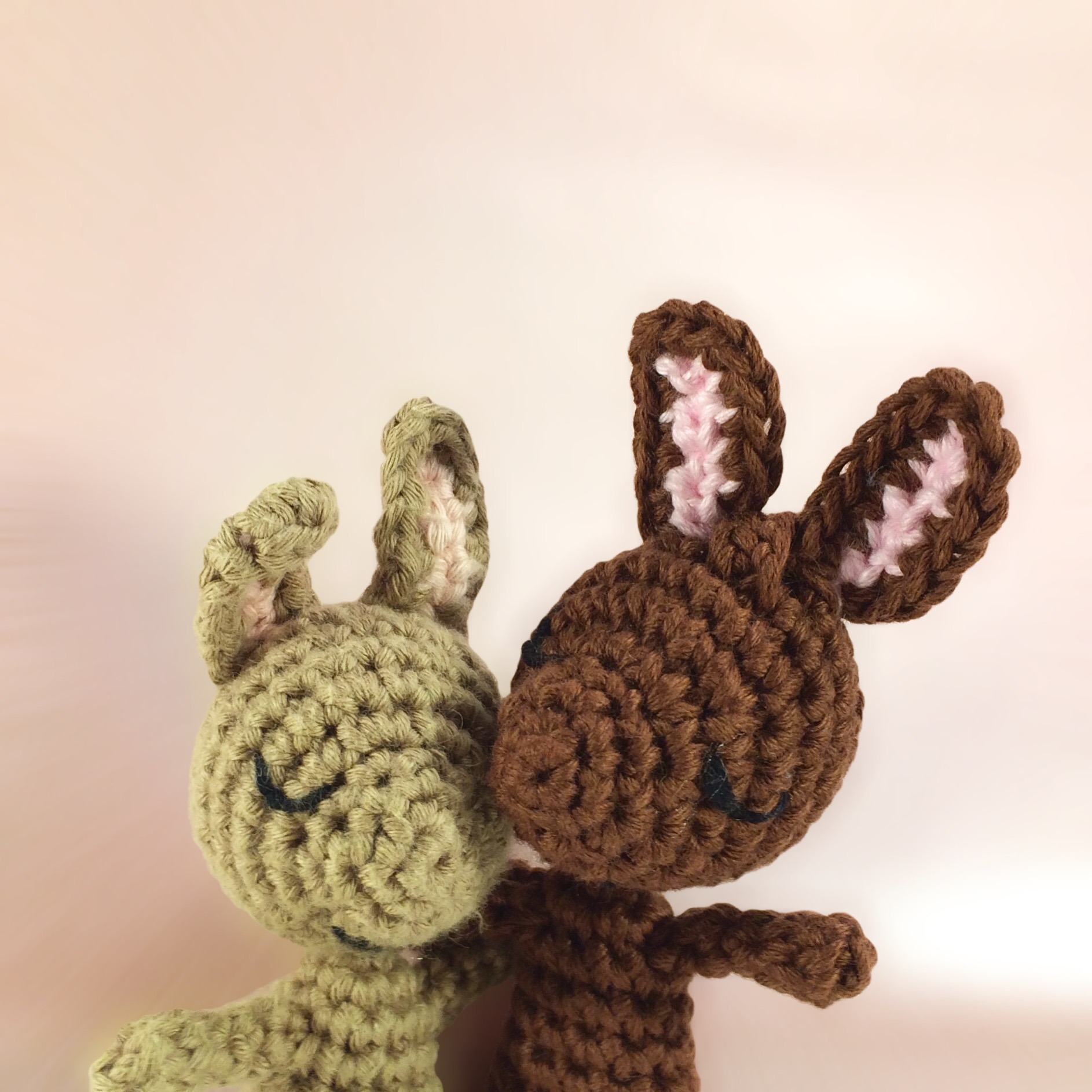 Bunny couple love keychain free pattern (With images) | Crochet keychain  pattern, Love keychain, Amigurumi free pattern | 1886x1886